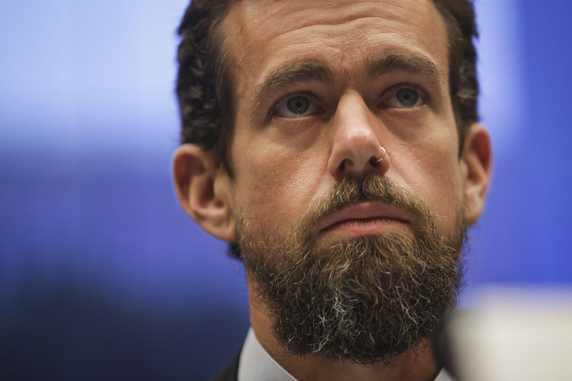 Senate committee approves subpoenas for Mark Zuckerberg and Jack Dorsey