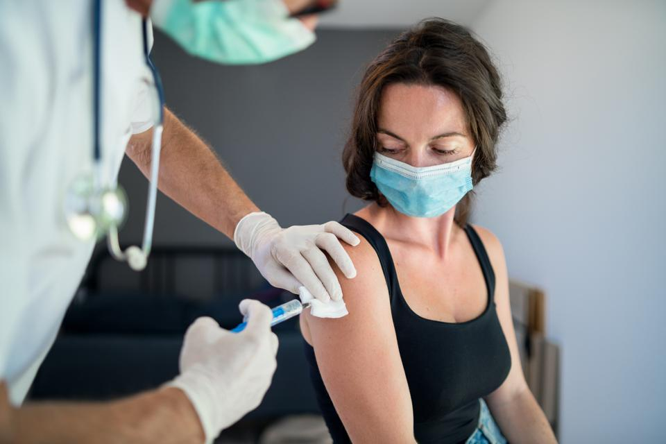 Asking Workers If They've Been Vaccinated a Civil Rights Violation, Businesswoman Says