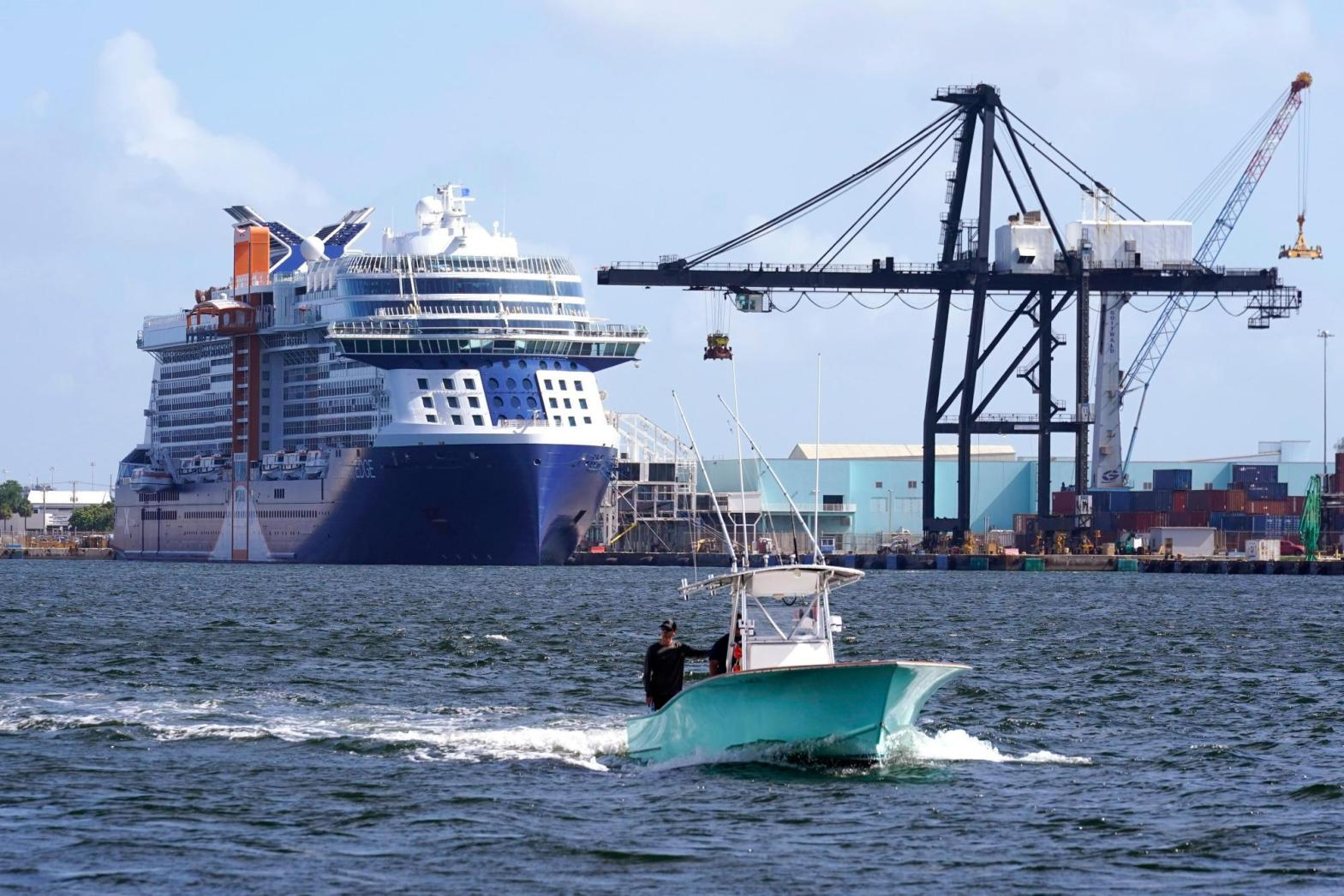 First post-pandemic cruise ship from US sails away