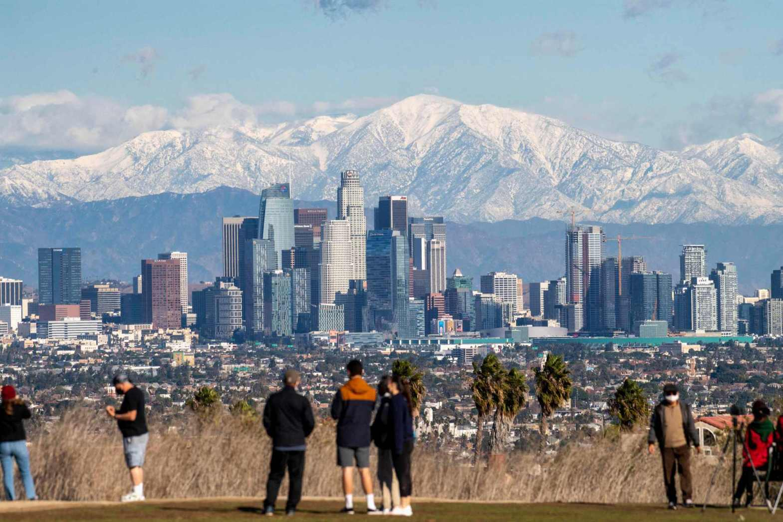 Unlike Florida, California leaves the safety of aging high-rises largely in owners' hands