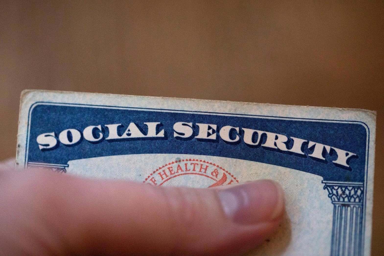 Social Security benefits will rise 5.9% next year, biggest increase in decades as inflation jumps